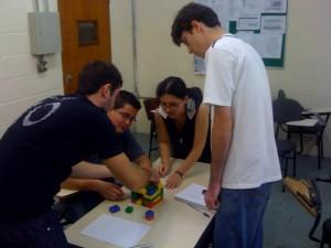 LEGO-equipes9-mesa
